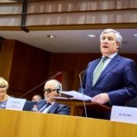 Κατά τη διάρκεια της ομιλίας του Antonio Tajiani