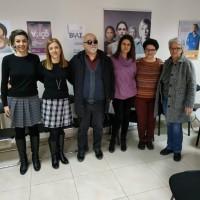 Ο Ι. Βαρδακαστάνης με το επιστημονικό προσωπικό του Συμβουλευτικού Κέντρου Κομοτηνής