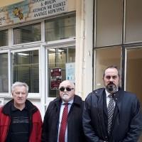 Ο Ι. Βαρδακαστάνης με τον Πρόεδρο του Συλλόγου Γονέων και Κηδεμόνων και Φίλων ΑμεΑ Κέρκυρας Σπ. Ζουμπουλίδη και τον Γεν. Γραμματέα της ΕΣΑμεΑ Ι. Λυμβαίο