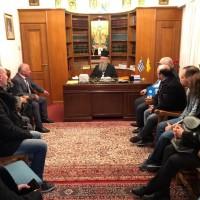 Με το Σεβασμιώτατο, μέλη του αναπηρικού κινήματος της περιοχής της Σπάρτης και τον Πρόεδρο της Περιφερειακής Ομοσπονδίας ΑμεΑ Πελοποννήσου, κ. Καραλή Νίκο, στις 13 Μαρτίου 2019