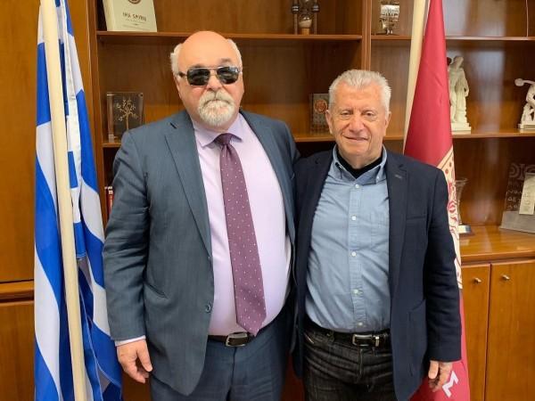 Ο Ι. Βαρδακαστάνης με το Δήμαρχο Ν. Σμύρνης Σταύρο Τζουλάκη