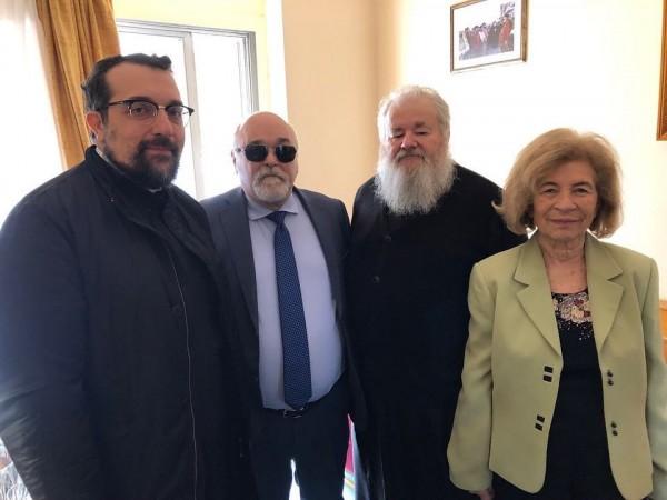Ο Ι. Βαρδακαστάνης με τον Μητροπολίτη Κυδωνίας και Αποκορώνου Δαμασκηνό και τον πρωτοσύγκελο Δαμασκηνό Λιονάκη