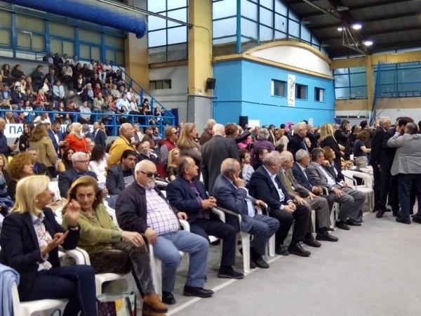 Ο Ι. Βαρδακαστάνης στην κατάμεστη αίθουσα διεξαγωγής της εκδήλωσης