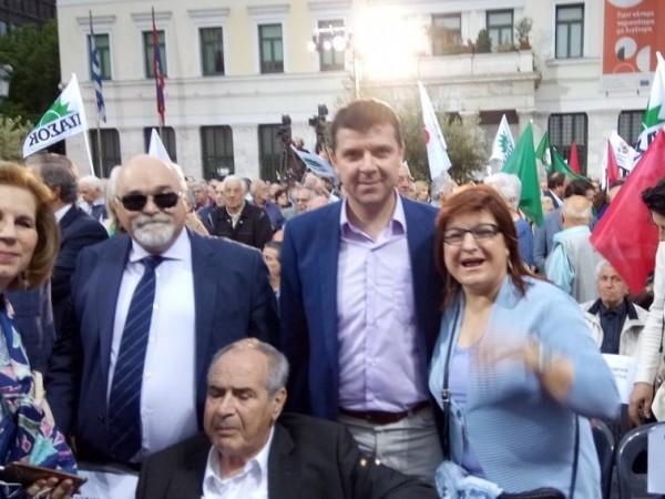 Ο Ι. Βαρδακαστάνης με την Εύη Χριστοφιλοπούλου και συμμετέχοντες στην εκδήλωση