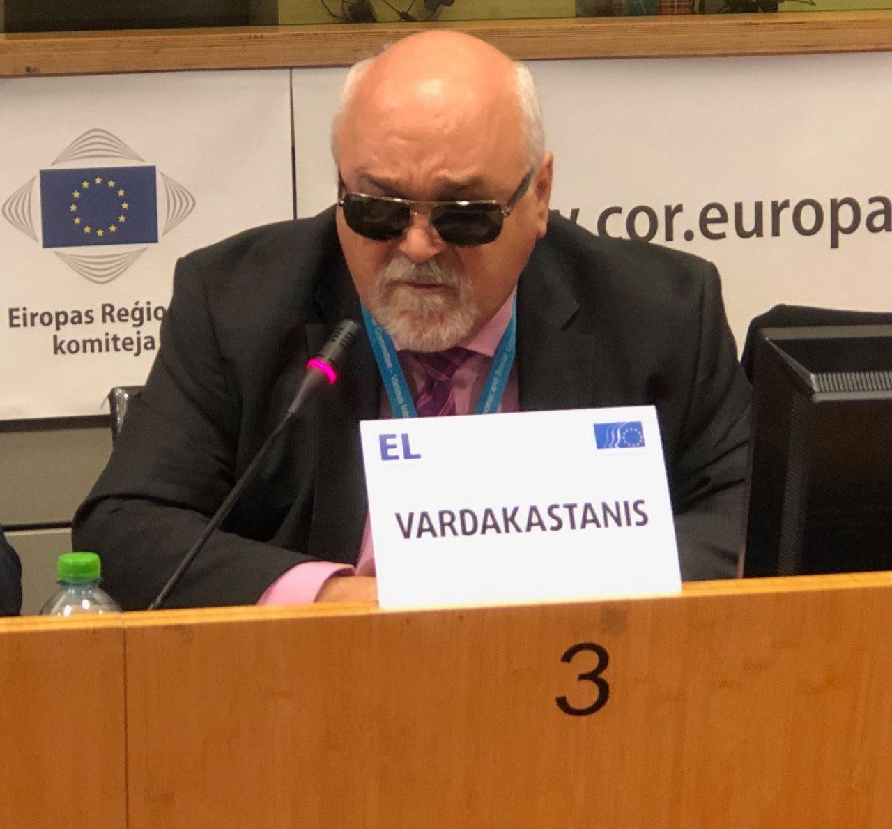 Ο Ι. Βαρδακαστάνης κατά τη διάρκεια της ομιλίας του