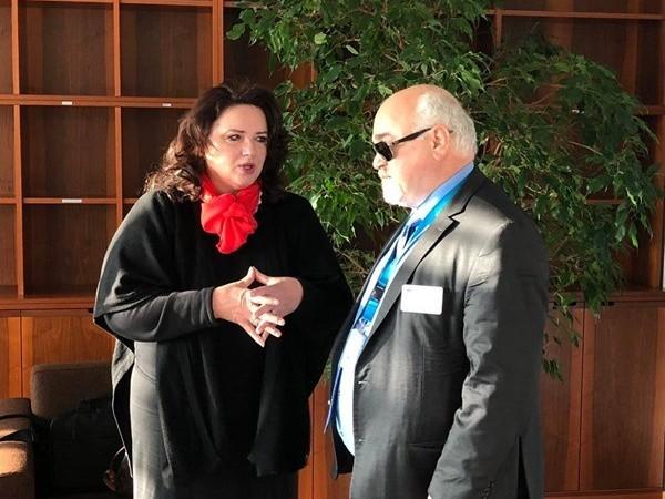 O Ι. Βαρδακαστάνης με την Επίτροπο της ΕΕ για την Ισότητα Έλενα Ντάλι